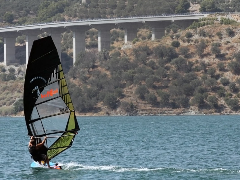Windsurfing at Rules