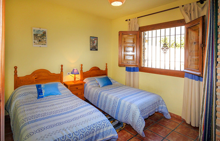 AL14_Two bedroom country property_Orgiva_05