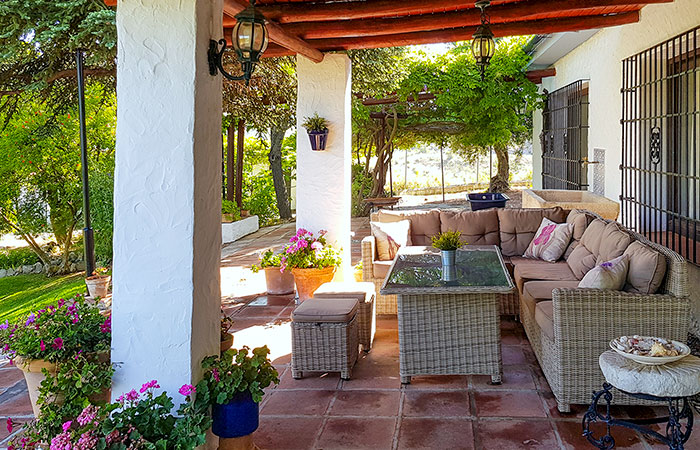 RM22_Four bedroom house with beautiful gardens in Ronda_05