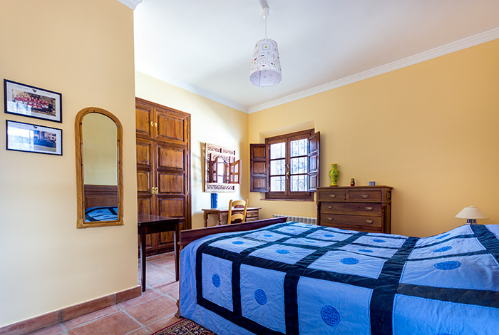 RM24_Three bedroom house with pool and golf_Ronda_05