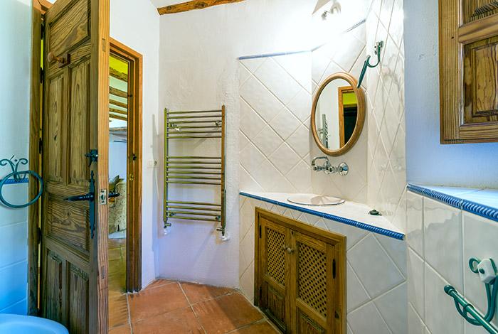 AL26_Three Bedroom House_Orgiva_07